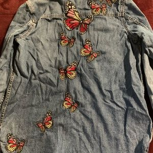 Lucky Brand long sleeve denim embroidered shirt
